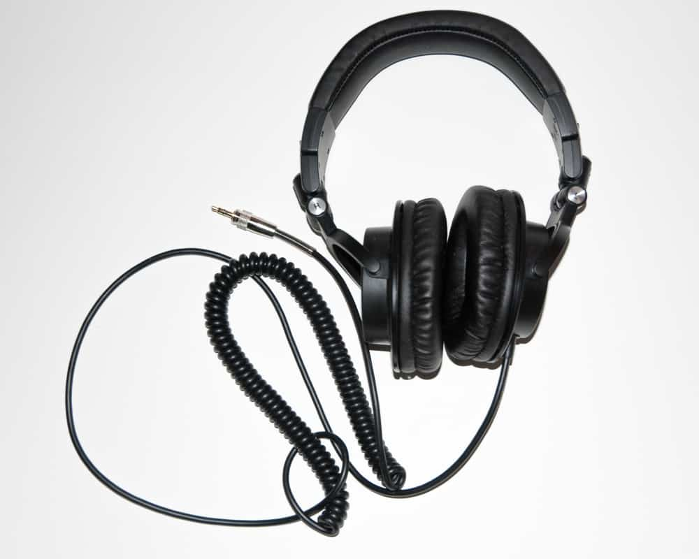 Best Headphones For Garageband Users