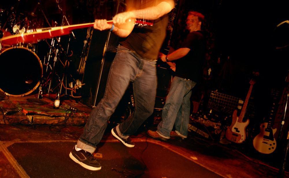 Smashing-Guitar